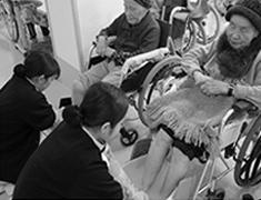 高梁地域の保健医療福祉施設入院・入所者への地域で学ぶ学生の専門的マンパワー活用に関する研究