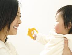 看護学生が乳幼児健康診査で行う子どもとの交流(遊び)プログラム開発